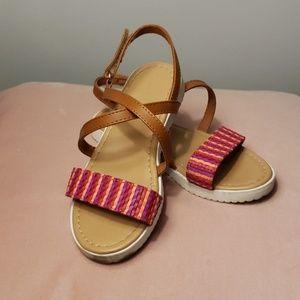 Pink x-strap sandals